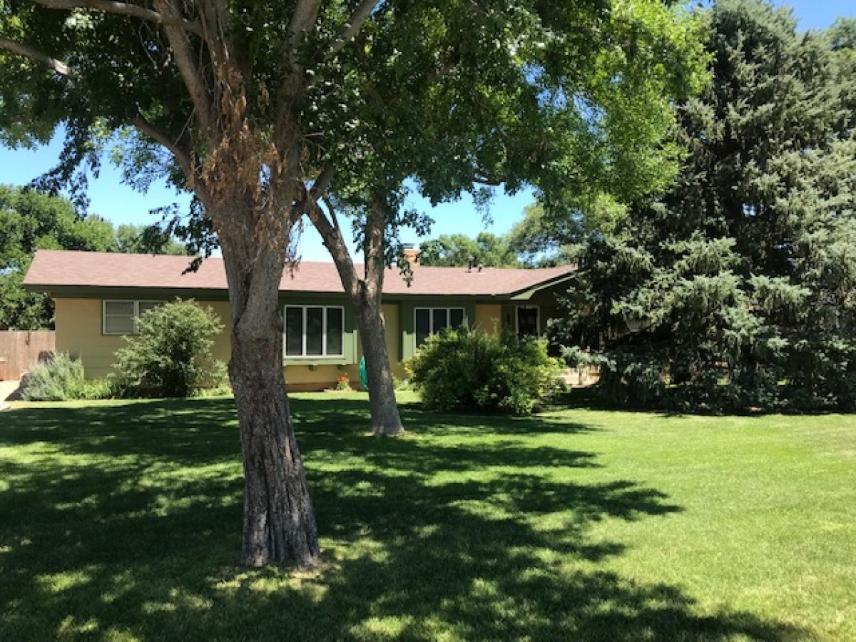 Hartley living with extra acreage!  PRICE REDUCED!