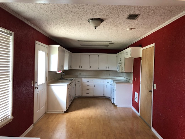 1812 Sioux,Dalhart,Hartley,Texas,United States 79022,3 Bedrooms Bedrooms,2 BathroomsBathrooms,Single Family Home,Sioux,1192