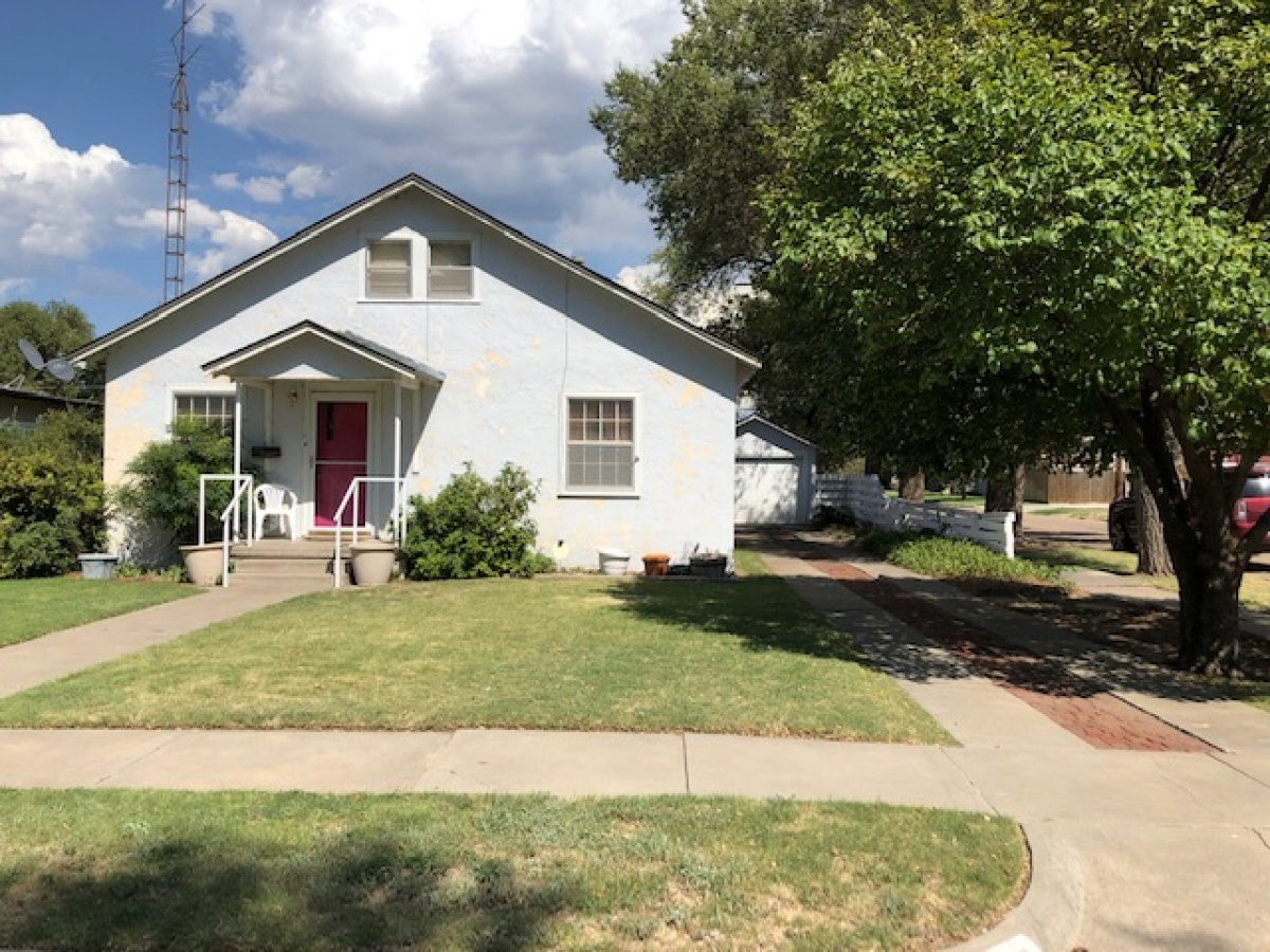 GREAT STARTER HOME 3/1/1