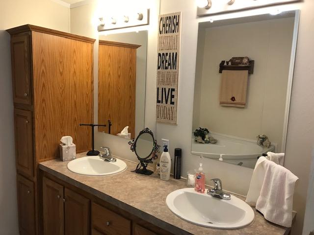 1017 Elm Street,Hartley,Hartley,Texas,United States 79044,3 Bedrooms Bedrooms,2 BathroomsBathrooms,Single Family Home,Elm Street,1203