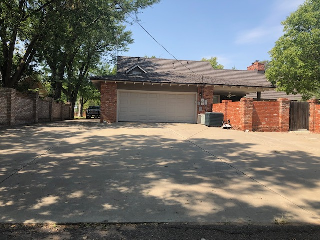 1309 Prairie Dr, Dalhart, Hartley, Texas, United States 79022, 4 Bedrooms Bedrooms, ,2.5 BathroomsBathrooms,Single Family Home,Sold Properties,Prairie Dr,1208