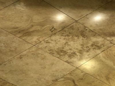 Kitchen/breakfast room/bathrooms/utility room travertine floors