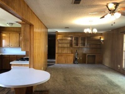 316 Hillcrest Ave, Dalhart, Dallam, Texas, United States 79022, 3 Bedrooms Bedrooms, ,1.75 BathroomsBathrooms,Single Family Home,Residential Properties,Hillcrest Ave,1298