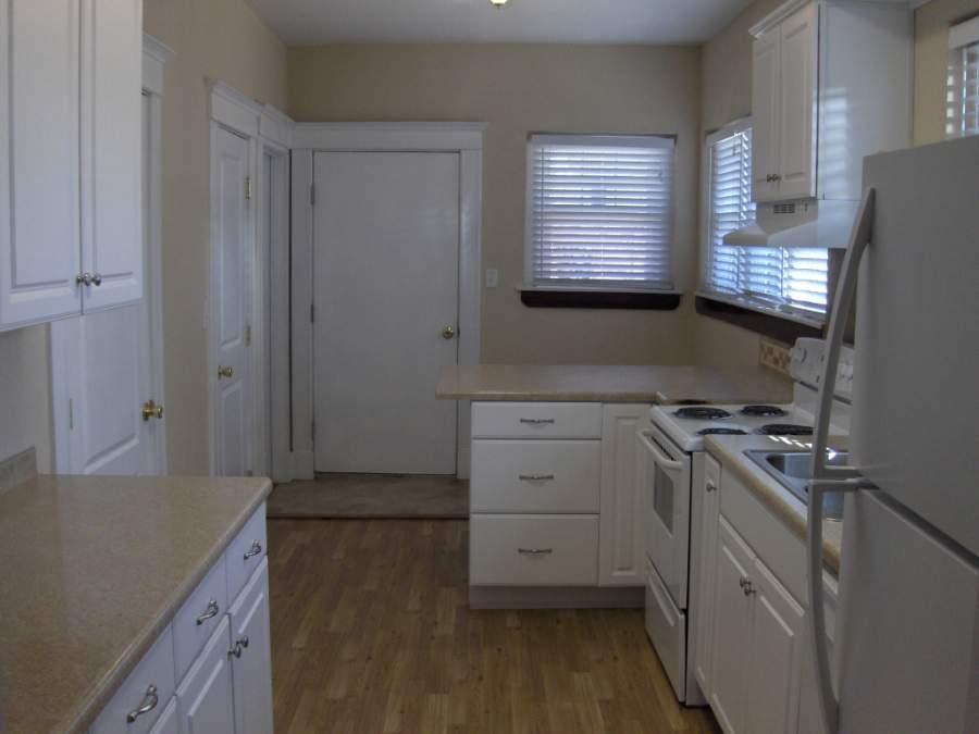 607 Peters Avenue, Dalhart, Dallam, Texas, United States 79022, 1 Bedroom Bedrooms, ,1 BathroomBathrooms,Apartment,Rental Properties,Peters Avenue,1037