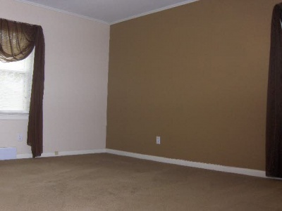 Another nice sized bedroom